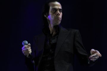 Nick-Cave-and-the-Bad-Seeds live