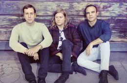 Future_Islands-TomHines